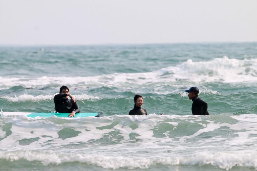 서핑홀릭_190405_061.jpg